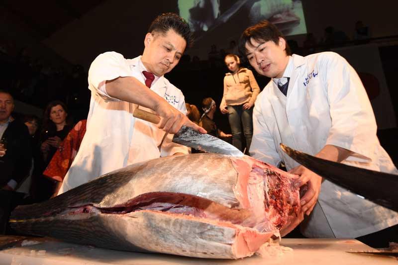 tuna-sushi-wine-arsenal01